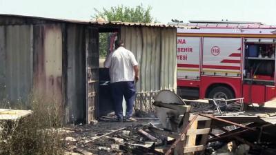 Sığındığı baraka yangında kül oldu - ADANA