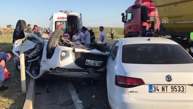 Merkez Haberleri: Sinop'ta trafik kazası: 1 ölü, 4 yaralı 7