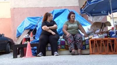 Kan kanseri anne ve obez kızının sokakta hayatta kalma mücadelesi