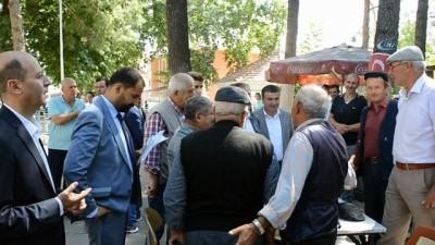 Veysel Eroğlu'ndan baba ocağı Şuhut'ta esnaf ziyareti