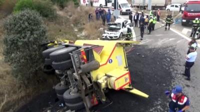 Asfalt yüklü kamyon otomobille çarpıştı: 1 ölü, 3 yaralı