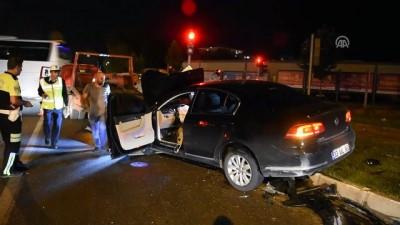 İki otomobil çarpıştı: 3 yaralı - MALATYA