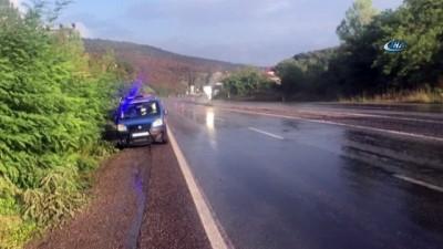 Otomobil dereye uçtu: 1 ölü, 4 yaralı
