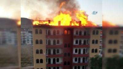 yangin yeri -  Başkent'te altı katlı apartmanın çatısında yangın çıktı