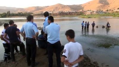 Dicle Nehri'ne giren Suriye uyruklu gencin cesedine ulaşıldı - ŞIRNAK