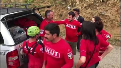 Giresun'da minibüs uçuruma yuvarlandı: 5 ölü, 11 yaralı
