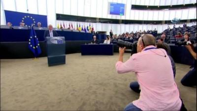 """- Juncker: """"Euro Egemen Bir Avrupa'nın Yüzü Olmalıdır"""" - """"İngiltere Her Zaman Çok Yakın Bir Komşu Ve Ortak Olacak"""""""