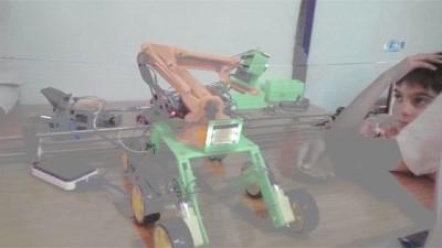 - Kurs gören öğrenciler konuşan ve sorgulara cevap veren robot üretti