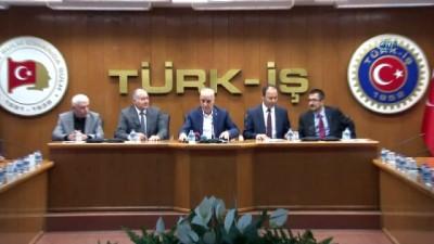"""TÜRK-İŞ Başkanı Atalay'dan """"Kağıt sorunu"""" açıklaması"""