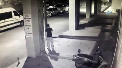 ''Yarasalar'' lâkaplı hırsızlık çetesi önce kameraya sonra polis ekiplerine yakalandı