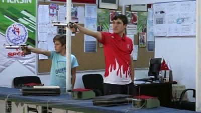 Rekortmen atıcının hedefi Gençlik Olimpiyatları'nda madalya