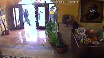 Tarihi lokantaya düzenlenen roketli saldırının güvenlik kamera görüntüleri ortaya çıktı