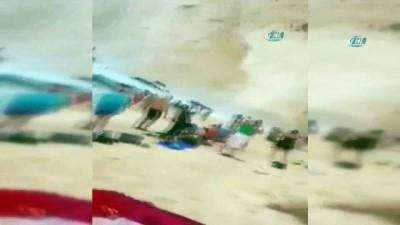 nani -  - Yunanistan'da plaj çöktü