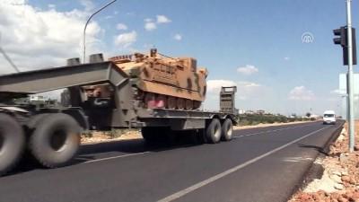 Suriye sınırına askeri sevkiyat sürüyor - HATAY