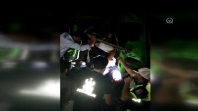 Trafik kazası: 2 yaralı - ADANA