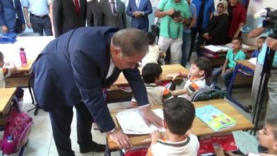 62 bin Türk ve Suriyeli öğrenci ders başı yaptı