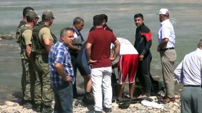Dicle Nehrine giren 13 yaşındaki çocuk akıntıya kapılarak hayatını kaybetti - ŞIRNAK