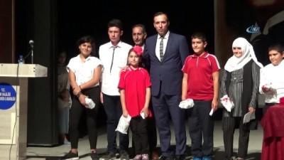 Iğdır'da Ahilik Haftası programında ilin ahisi, kalfa ve çırağı ödüllendirildi