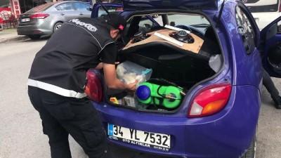 İstanbul'da okul çevrelerinde narkotik uygulaması