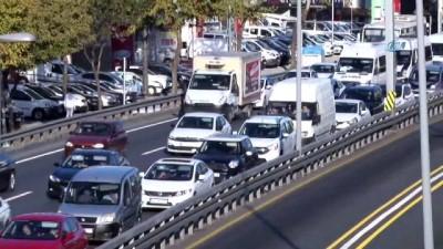 servis araci -  İstanbul'da okul trafiği yoğunluğu