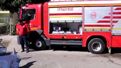 Otomobil ile özel halk otobüsü çarpıştı: 3 yaralı - ADANA