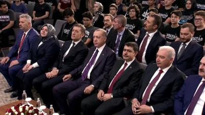 """Cumhurbaşkanı Erdoğan: """"Tek tipçi yasakçı eski öğretim mantalitesini rafa kaldırdık"""""""