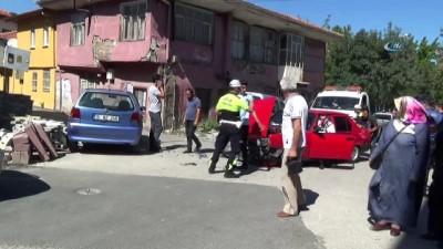 Isparta'da iki otomobil çarpıştı: 1 yaralı