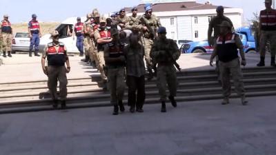 sehit - MİT'in Suriye'de yakaladığı 9 YPG/PKK'lı terörist adliyeye sevk edildi (2) - HATAY