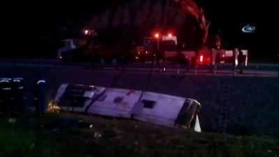 su kanali -  Otobüs su kanalına devrildi: 7 ölü, 28 yaralı