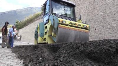 Artvin'de SSB teknolojisiyle beton yol yapımı