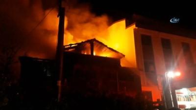 cenaze -  Suriyeli ailenin yaşadığı ahşap evde yangın çıktı: 2 ölü 3 yaralı