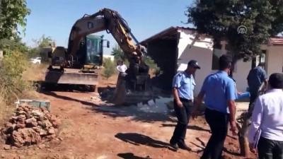 Antalya'da kaçak yapıya izin yok
