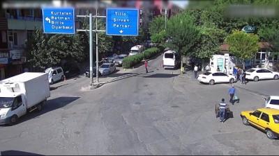 Siirt'te trafik kazaları MOBESE kameralarına yansıdı