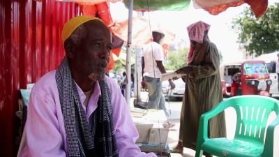 Somali sokaklarının 'seyyar hazineleri' ikinci el kitaplar - MOGADİŞU