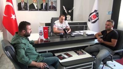 forma - Vanlı sanatçı Ümit Demir Beşiktaş için klip yaptı