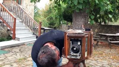 Baba yadigarı fotoğraf makinesine gözü gibi bakıyor - BARTIN