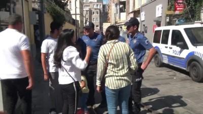 Beyoğlu'nda kaybolan çocuk, polis tarafından ailesine teslim edildi