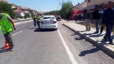 polis -  Dikkatsiz sürücü, baba ile kızını ağır yaraladı