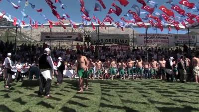 gures - 20. Geleneksel Bertiz Boyalı Kısa Şalvar Güreş Festivali - KAHRAMANMARAŞ