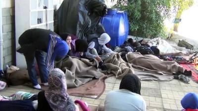jandarma -  Ayvalık'ta jandarma 22 göçmen 1 organizatör yakaladı İzle