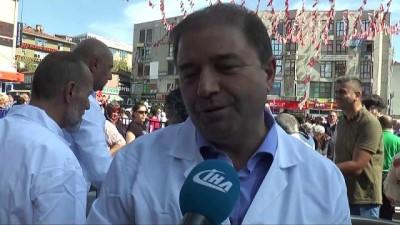 - Maltepe'de 25 bin kişiye aşure dağıtıldı