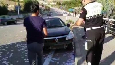 trol -  Otomobili ile kaza yaptı, gözyaşlarına hakim olamadı