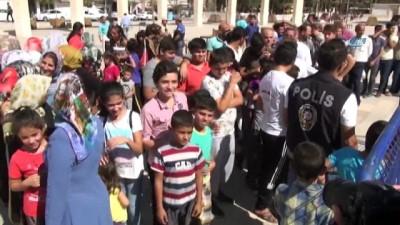 - Şanlıurfa'da Cumhurbaşkanlığı aşure ikramına yoğun ilgi