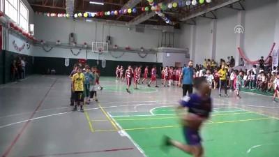 Yaz spor okullarının kapanış programı - HAKKARİ