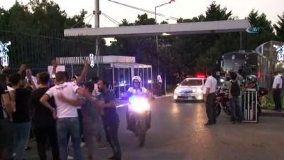 Beşiktaş kafilesi Ülker Stadı'na hareket etti