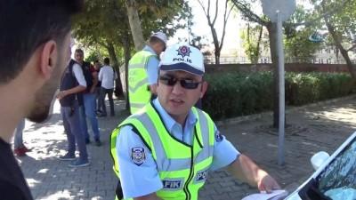 Polis okulların çevresinde kuş uçurtmuyor