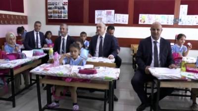 Şahinbey'de 30 bin öğrenciye kırtasiye yardımı