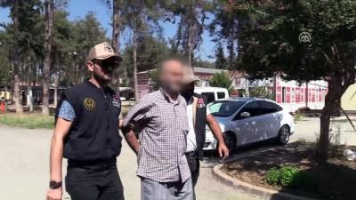 cep telefonu - Terör örgütü DEAŞ'ın sözde 'Adana emiri' yakalandı