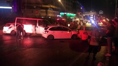 trafik kazasi - Zincirleme trafik kazası - İZMİR Haberi
