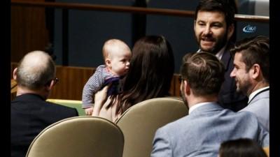 - BM Genel Kuruluna Bebeğiyle Katıldı - BM Genel Kurulunun En Küçük Katılımcısı
